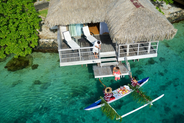 overwater bungalows in Maldives
